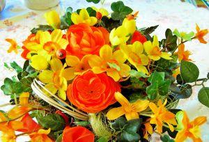 bukiet z roznych kwiatow
